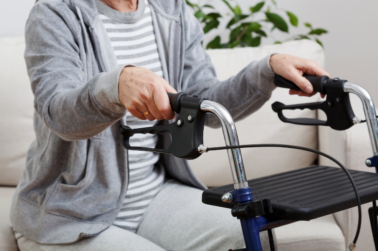 bolecne v krizu, vzrok osteoporoza