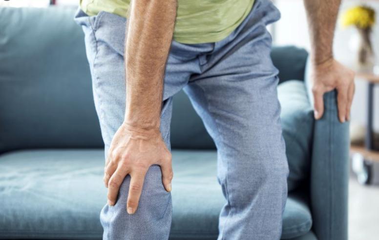 bolecine v kolenu